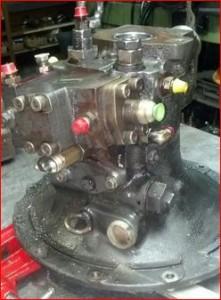 pompe hydraulique komatsu PC75